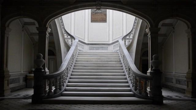 fora entrada escaleras